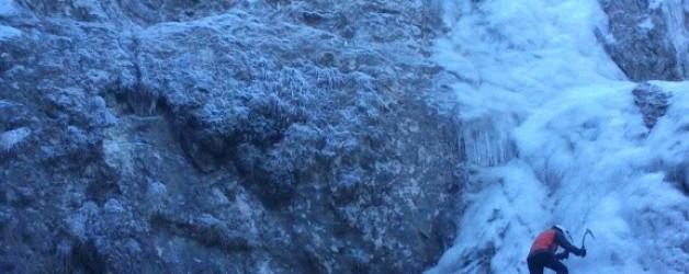 V iskanju zadnjih lednih slapov letošnjega leta