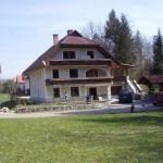 Takšna je bila naša hiša v aprilu 2008 pred začetkom gradnje